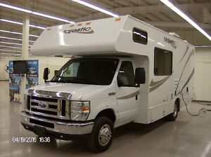 2011 Class C Motorhomes available for SALE!!! With 15' AWNING...