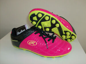 NEW Girls Soccer Shoes - Size 2 for Outdoors Tag On