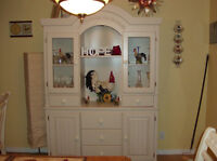 MUST GO NEED THE SPACE,BEATIFUL BUFFET(HUTCH)+Roosters deco.