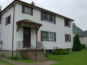 3 bedroom aprtment for rent