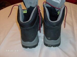 Timberland Pro Power Fit Composite Safety Toe Insulated Hikers Stratford Kitchener Area image 3