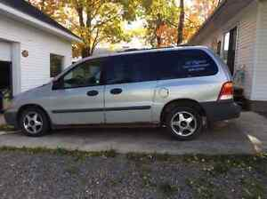 2001 Ford Windstar gris Fourgonnette, fourgon