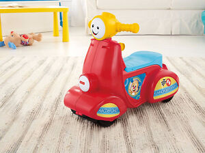 NEW: Fisher-Price Laugh & Learn Smart Stages Scooter(English Edi