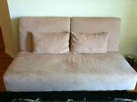 Beige Clic-Clac Couch in EXCELLENT Condition!‏