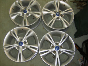 Ford Fusion Focus 16 inch Alloys Wheels with TPMS Sensors