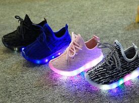 NEW GIRLS TRAINERS YEEZYS LIGHT UP PINK
