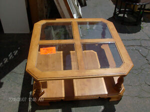 Maple coffee table Roxton 36 x 36 with bevelled glass inserts