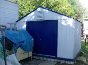 STRONG 8 & 1/2' x 10' Shed, Extra Roof Supports