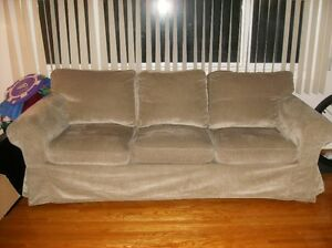 Ikea buy or sell a couch or futon in calgary kijiji for Sofa bed kijiji calgary