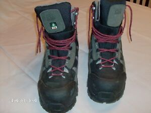 Timberland Pro Power Fit Composite Safety Toe Insulated Hikers Stratford Kitchener Area image 2