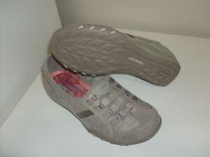 4 Pr Rockport, Skechers, Geox  - Women's shoes Size 6.5