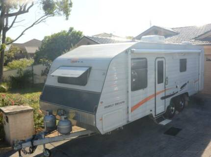 2013 Nova Family Escape Caravan