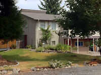 Beautiful Upper West Coast Home in Parksville