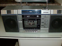 Sanyo Portable Radio with speakers & antenna  See more ads