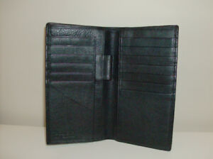 Credit Card Bill Fold Wallet - Black Soft Leather + New Footrest