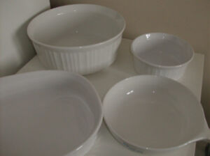 Corningware and Corelle - Bowls, serving dishes, skillet