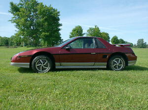fiero se v 6 with 4  speed