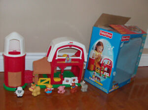 FERME MUSICAL AVEC ANIMAUX FISHER PRICE *** NEUF