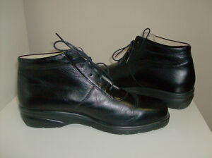 Ankle Boots - Berkemann Black Leather Superior Quality Oakville / Halton Region Toronto (GTA) image 1