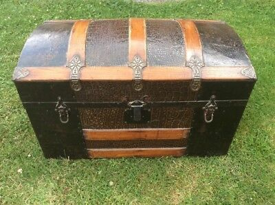 Small Antique Dome Top Steamer Trunk Chest Oak With Faux Alligator Design Tin for sale  Liberty