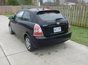 2007 Hyundai Accent Hatchback London Ontario image 2