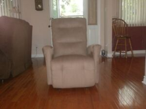 Elran Rocker Recliner - Like New & Elran Recliner | Kijiji in Ontario. - Buy Sell u0026 Save with ... islam-shia.org
