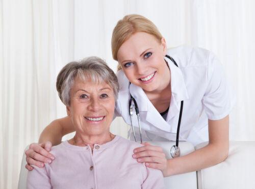 Ratgeber für die Inanspruchnahme von Dienstleistungen für Pflege & Betreuung