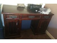 Lovely solid wood Desk very heavy piece of furniture in lovely condition