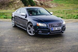 LOOKING FOR AN Audi S5 (Red/Brown Interior preferred)
