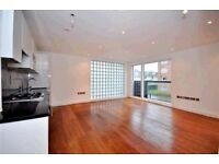 3 bedroom flat in Abbey Road, St. John's Wood, NW8