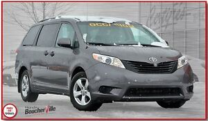 2013 Toyota Sienna bluetooth  7 passagers