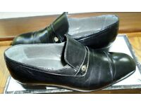 VERY SMART - ROLAND CARTIER - FORMAL BLACK LEATHER SHOES - SIZE 7 UK - BRAND NEW - BOXED