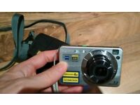 Digital camera Sony Cybershot DSC-W10 7.2MP, full HD, perfect condition