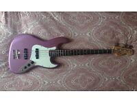 Fender Squier Affinity J Jazz Bass in burgundy mist