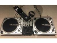 Numark turntables, mixer, mic & headphones. FULL SET UP