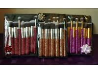 Professional glitter brush sets