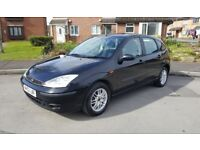 04 Ford FOCUS 1.6 petrol --- car in really nice condition in and out ---