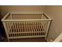 MAMAs and PAPAs cot bed, up to 6/7 years.