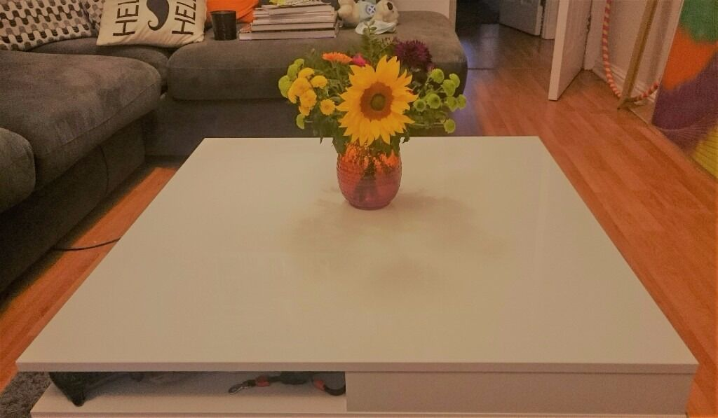 Ikea Tofteryd White Gloss Coffee Table Near New Mint Condition Already Assembled