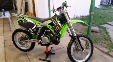 Dirt bike mechanic