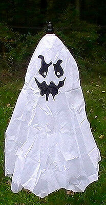 Brand New Animated Flying Ghost Halloween Prop  (Animated Props Halloween)