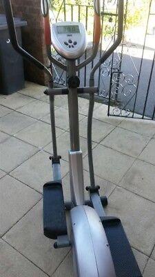 Body Sculpture Strider BE4300D Digital Cross Trainer