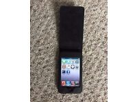 iPod Touch 3rd Generation 32GB - Good condition with case
