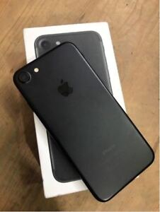 IPHONE 7 Plus - 32 GB - Unlocked with Apple Care+