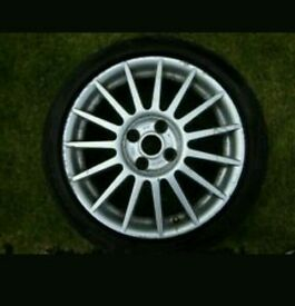 Ford Focus st170 alloy
