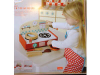 Kids BBQ kitchen role / pretend play set- BRAND NEW- unwanted present £10
