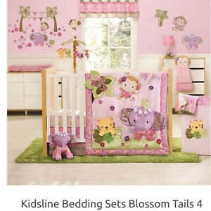 Blossom Tails Collection - 8 Pieces