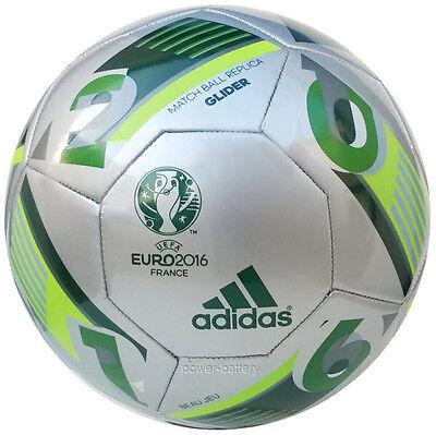 ADIDAS EURO FUSSBALL BEAU JEU GLIDER EURO EM FRANKREICH BALL SILBER GR.5 (Euro Glider Fußball-ball)