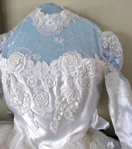 """Wedding Dress in Excellent Condition:Boxed:size 26"""" waist Cambridge Kitchener Area image 5"""