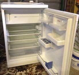 Bosch Fridge with freezer compartment.